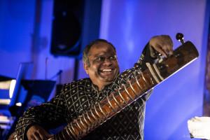 Concert in Hamburg, October 2014 –Ashraf Sharif Khan, Amit Chatterjee, Patrycjusz Baumann